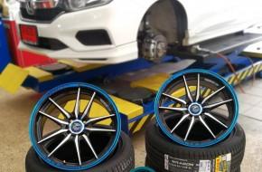 #Honda #City ล้อเดิมๆ จากโรงงานอาจธรรมดาไป เราจัดให้ใส่แม็กFATTAH sport FT-5 17″ คู่กับยางของอิตาลี PIRELLI 215/45R17 ลงตัวสวย เต็มซุ้ม เกาะถนน